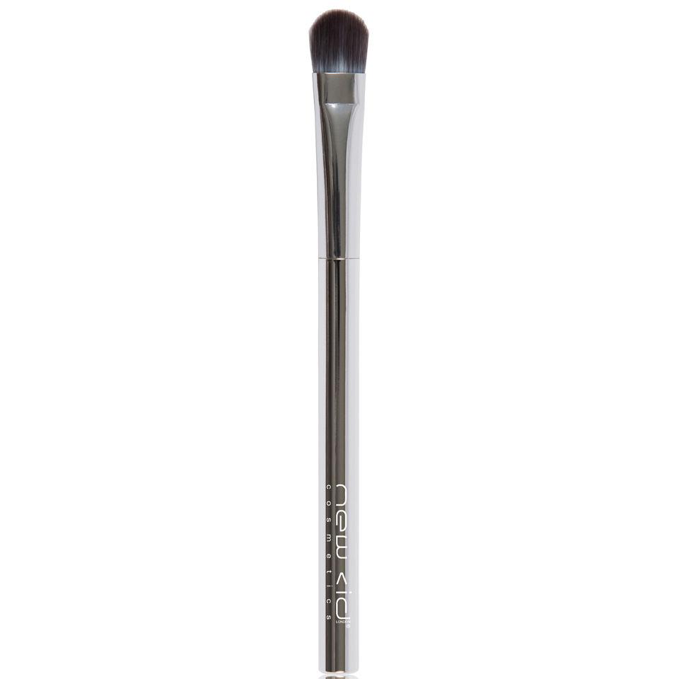 New CID Cosmetics Chrome Eyeshadow Blending Brush